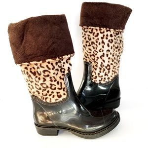 Brown Rubber and Faux Animal Fur Rainboot size 38